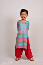 Load image into Gallery viewer, Pink lotus kurti salwar/KKB