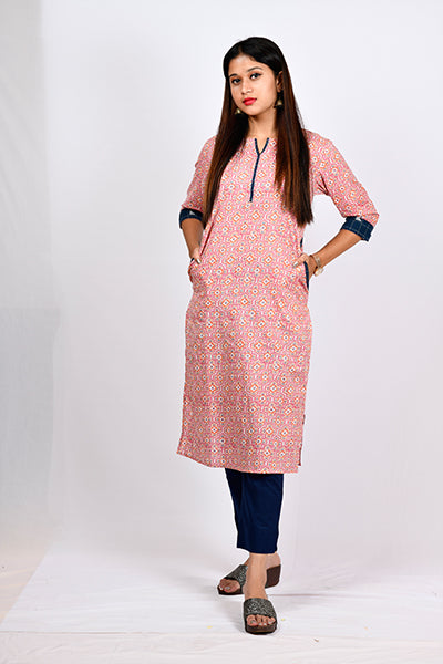 Cross Pocket Kurti