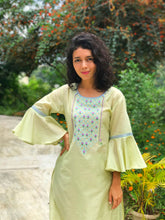 Load image into Gallery viewer, Green Embroidered Flared Sleeves Kurti Set