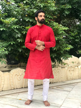 Load image into Gallery viewer, Multi slub Regular Kurta - Maroon