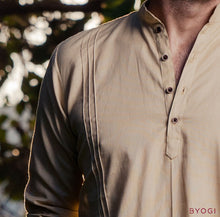 Load image into Gallery viewer, Parallel Pintuck Kurta Beige