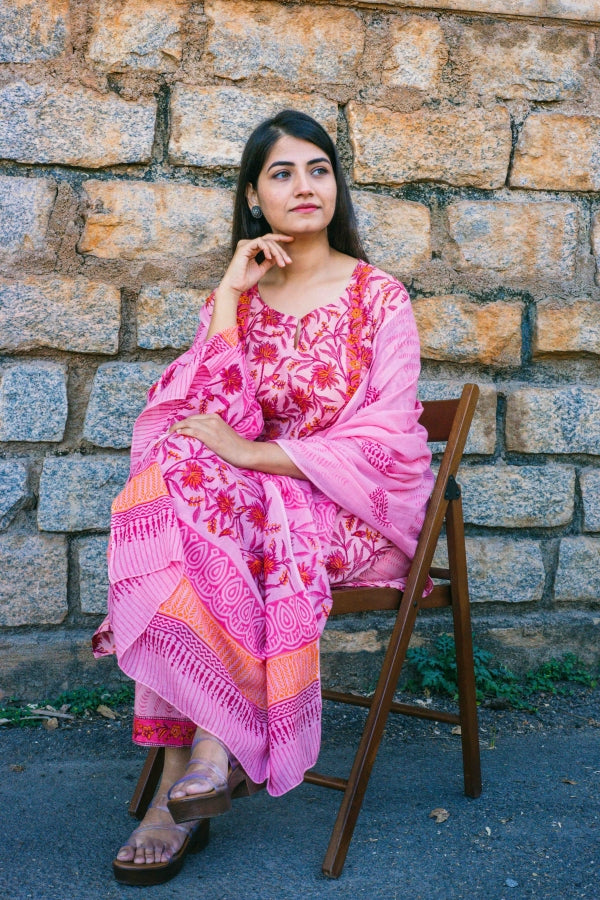 Peach Red Jaal Print Set with Cotton Dupatta