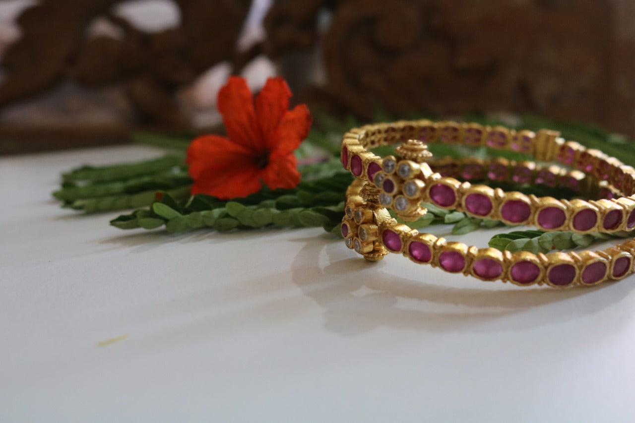 Red stone adjustable Bangles