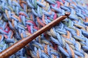 Crochet hook, Handmade Turned wood Crochet Hook, Red Wood Crochet hook, Crochet Hook, size I