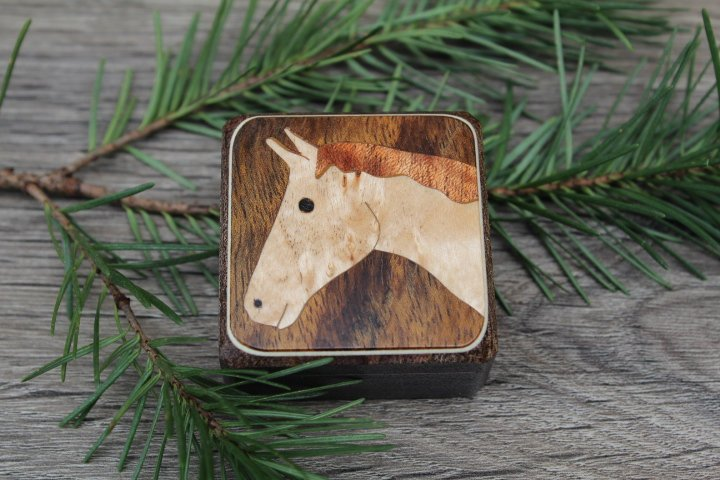 Wood Pill Box-Pill Organizer-pocket pill box-Pill box with design-pill case-small box-inlay pill box,Ring box Horse 1 3/4''