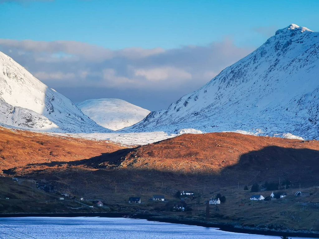 Frozen hills and the bay at Ardhasaig, Isle of Harris. Images © Peter Kwasniewski.
