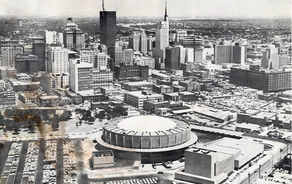 Downtown Dallas 1950s. Image © Andy Hanson Collection