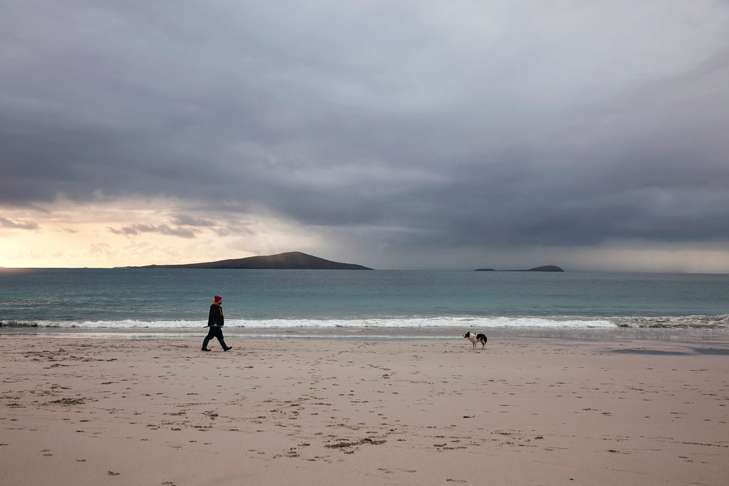 The storyteller and his dog, Northton, Isle of Harris.