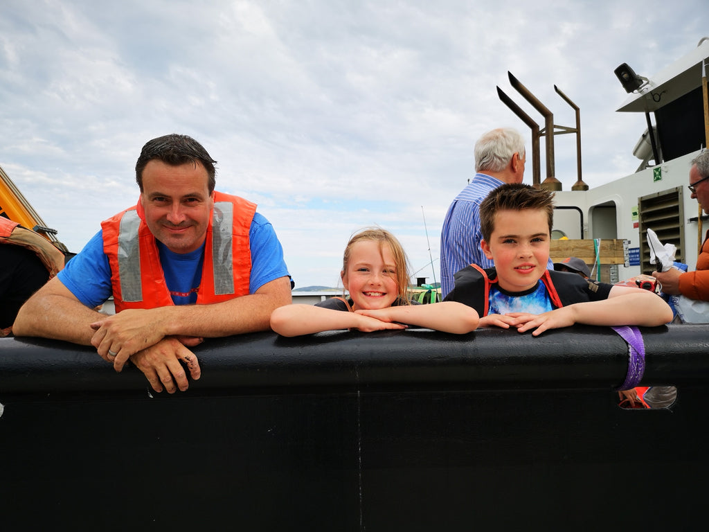 Distiller Donnie Macleod and his young crew!