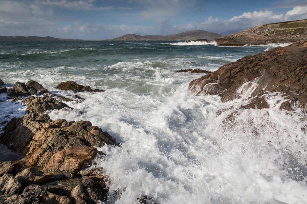 Capturing the sounds of west Harris waves.