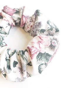 Scrunchie - Muted Floral