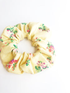 Scrunchie - Yellow Floral
