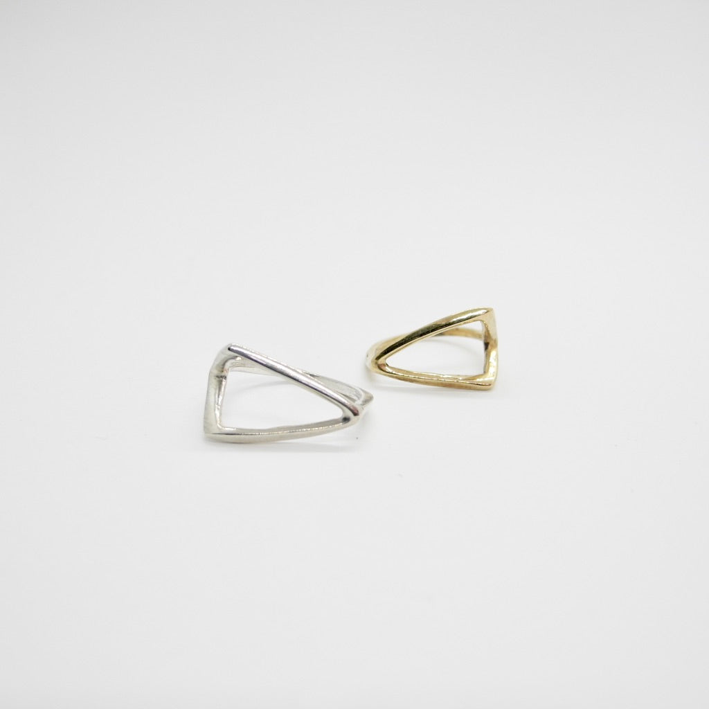 Bent Triangle Ring