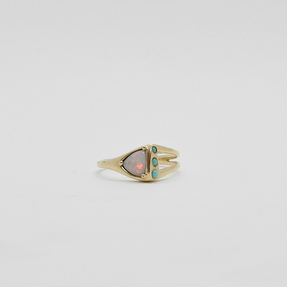 Pyramid Ring, 14k Gold, Opal w/ 3 Turquoise stones