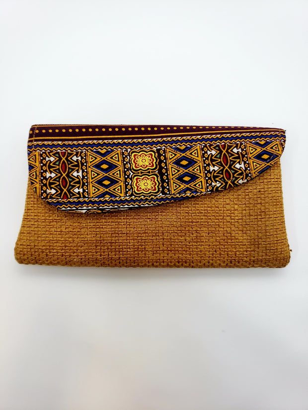 South African Clutch | Ollister Urban