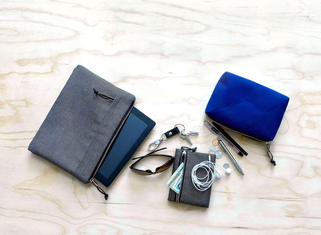 The Best Way to Organize Your Handbag