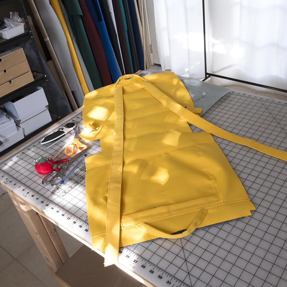 zip pack laid flat before it becomes a three dimensional object