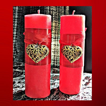Golden Heart Romance Candle