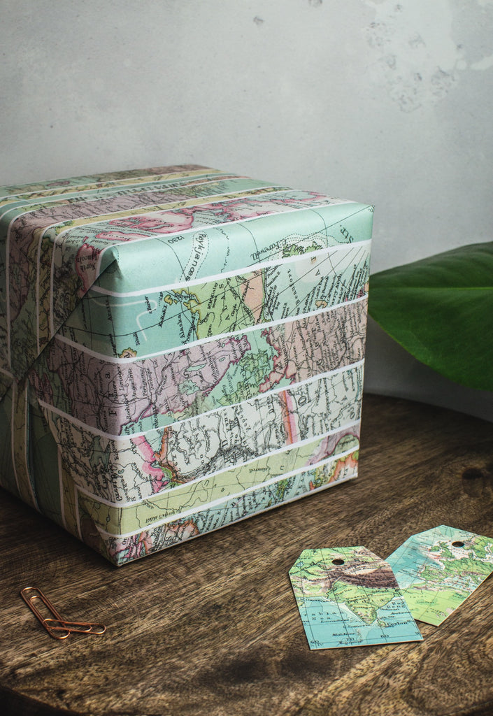 Map Gift Wrap Set