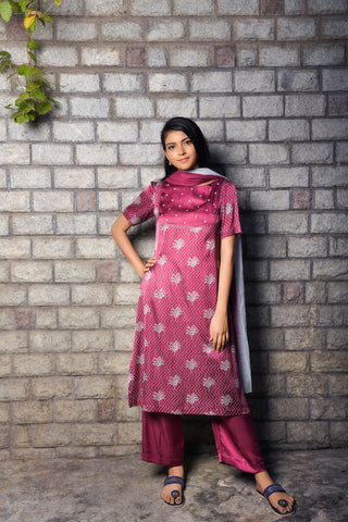 Magenta Modal Kurta with pant and dupatta - EARTHICA