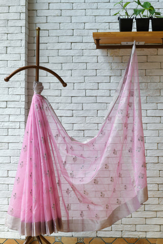 Chanderi Light Pink Handwoven Two Flower Motif Saree.