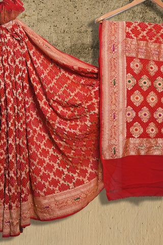 Red banaras bandhani pure georgette saree - EARTHICA