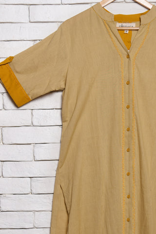 Beige cotton kurta with embroidery - EARTHICA