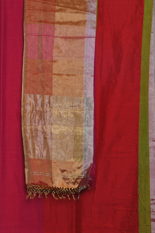 Pink and red maheshwari saree - EARTHICA