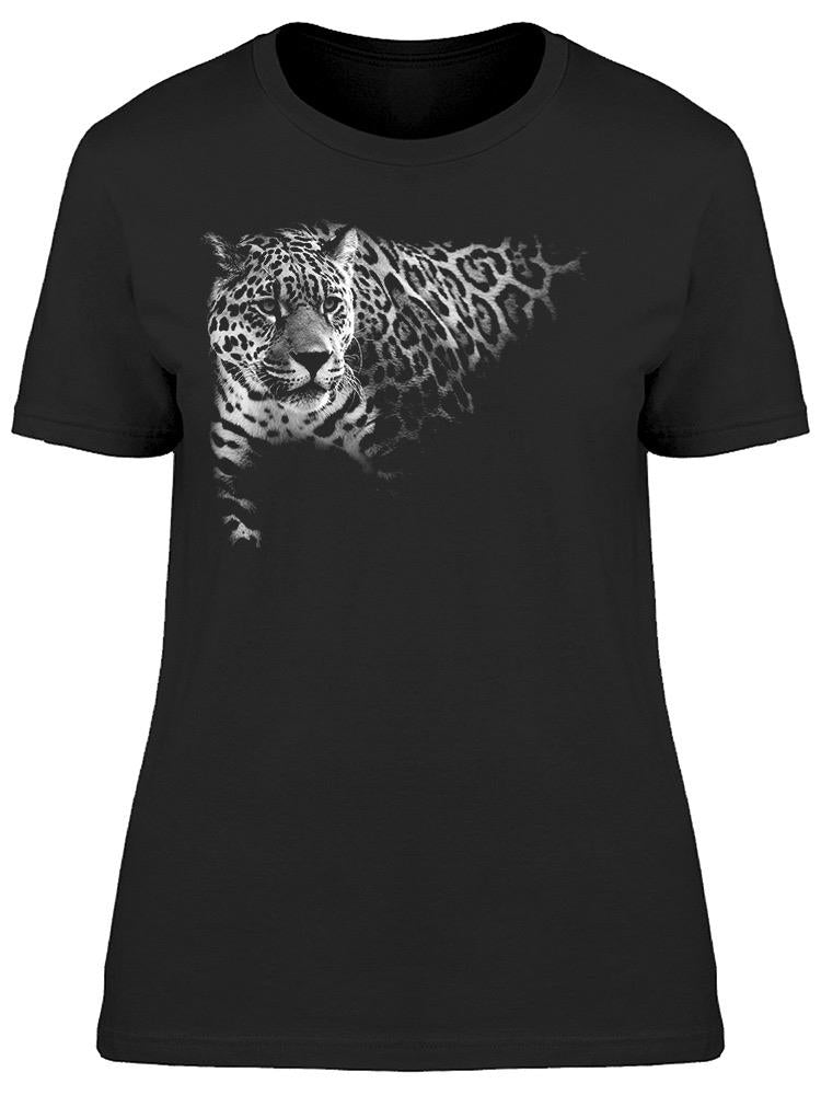 Leopard Walking Tee Women's -Image by Shutterstock