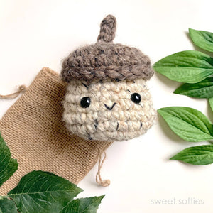 Acorn Box (Free Crochet Pattern)