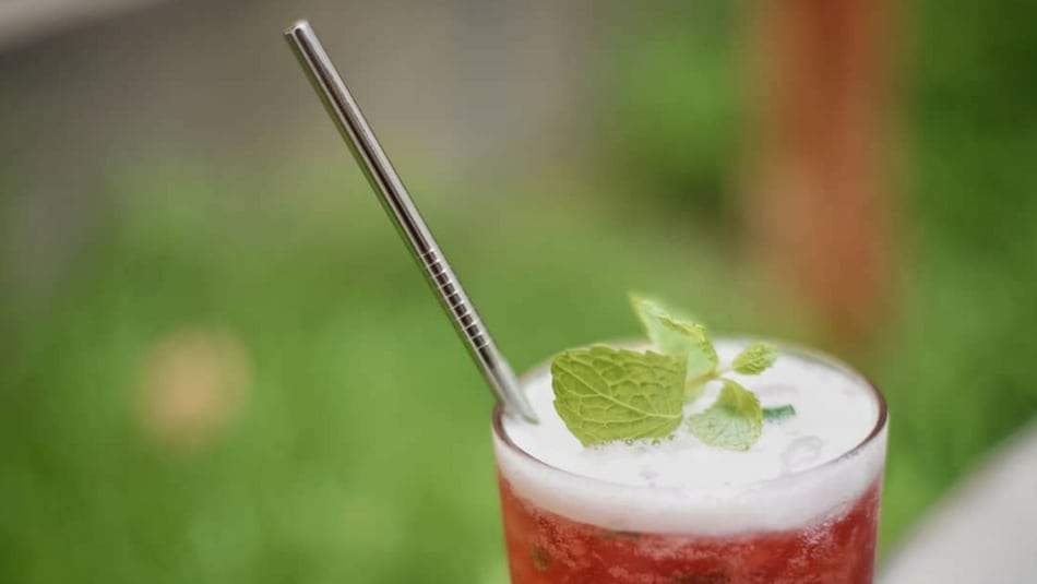 Why Metal Drinking Straws are the Best Reusable Straw Solution