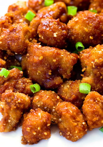 These crispy baked bbq cauliflower wings are so crazy good… Don't be surprised if the entire pan disappears in minutes!