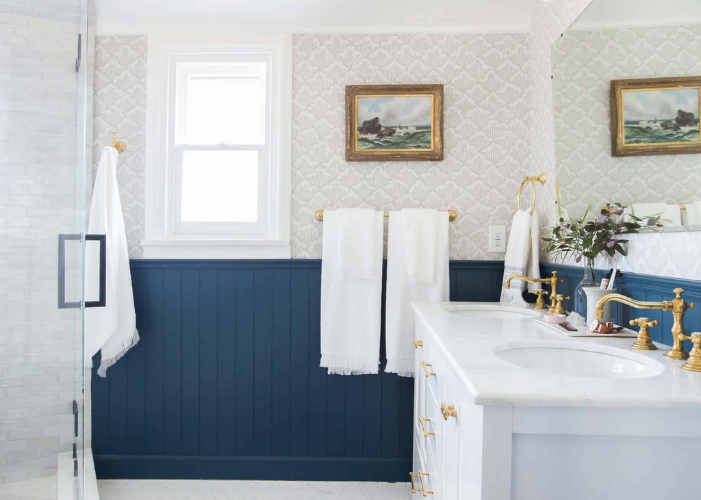 photo by: tessa neustadt | from: our classic modern bathroom reveal
