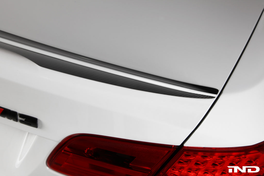 BMW Performance E92 3 Series Spoiler with CRT Theme 7