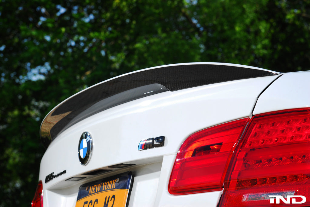 BMW Performance E92 3 Series Spoiler with CRT Theme 2