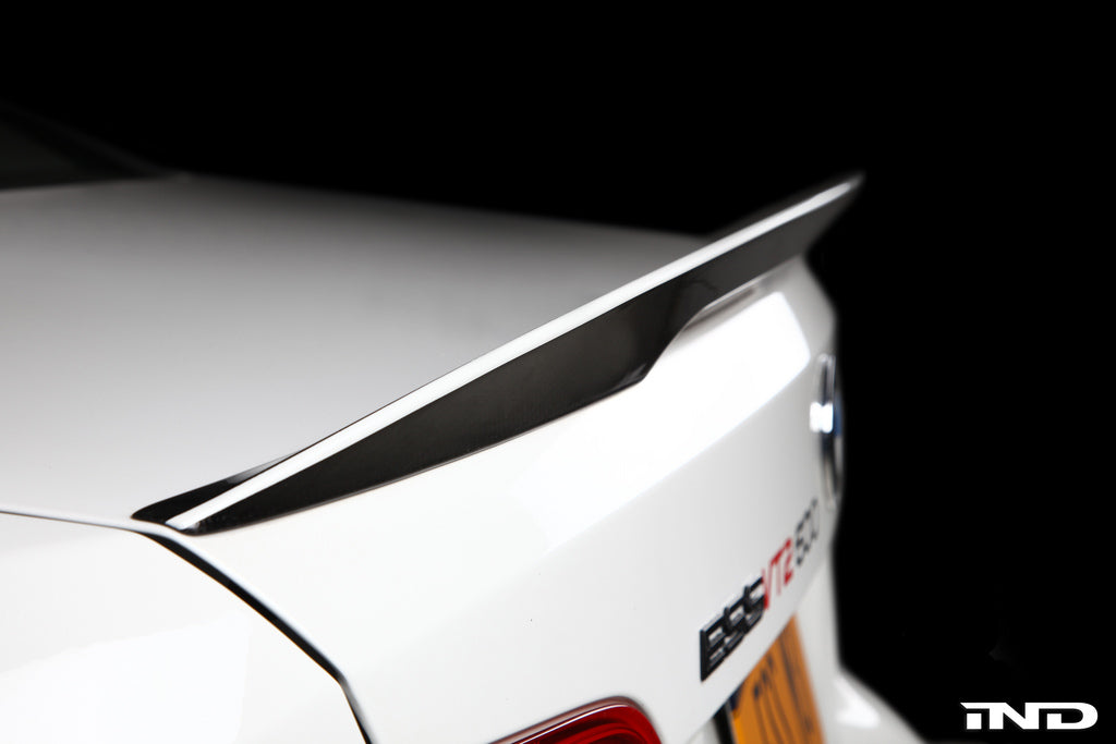 BMW Performance E92 3 Series Spoiler with CRT Theme 1