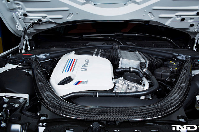 IND F80/F82/F83 M3/M4 Painted Engine Cover - Alpine White with custom stripes