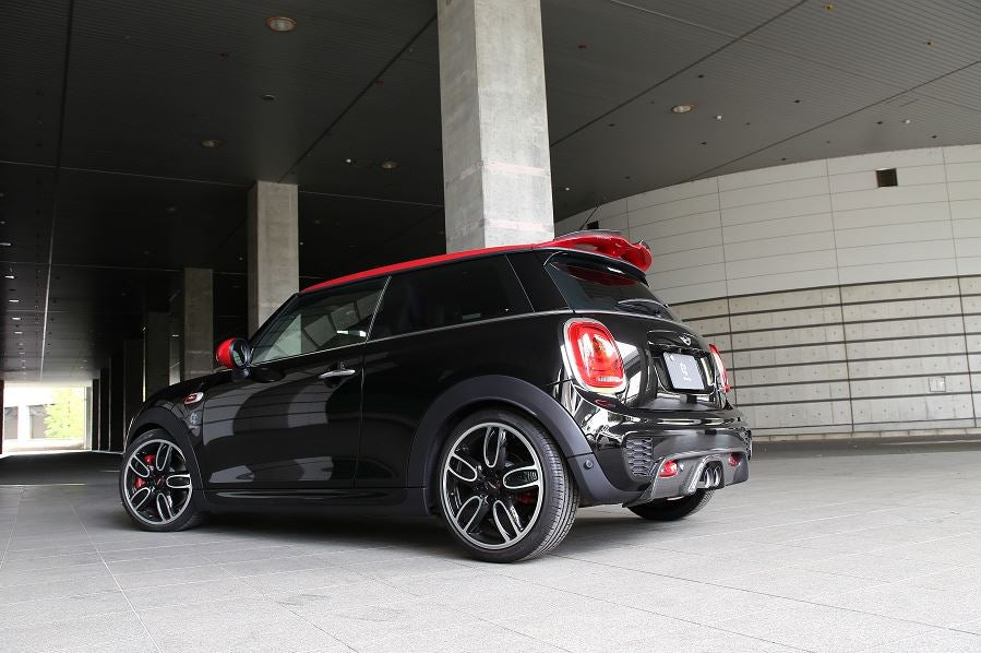 3D Design Mini F56 JCW Carbon Fiber Rear Diffuser (w/ PDC) 4