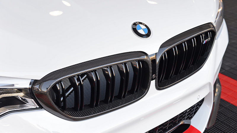 BMW F90 M5 M Performance Carbon Front Grille Set  3