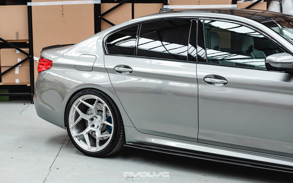 RKP f90 m5 carbon side skirt set - iND Distribution