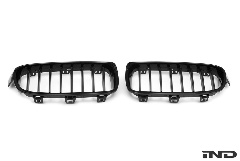 IND F30 3 Series Painted Front Grille Set 2
