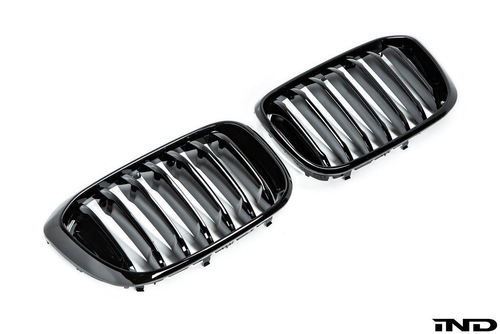 AutoTecknic g01 x3 front grille set gloss black - iND Distribution