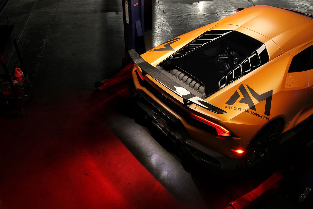 Vorsteiner lamborghini huracan novara decklid carbon fiber glossy may effect radio reception - iND Distribution