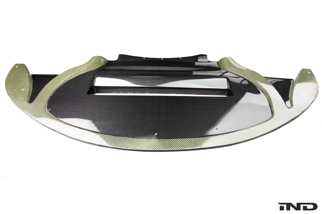 Green and black carbon front undertray splitter
