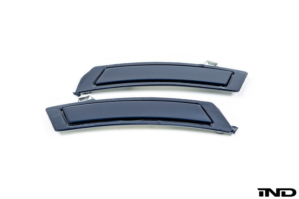 IND E70 X5 LCI Painted Front Reflector Set 6