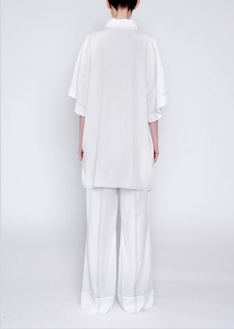 Oversized shirt with contrast stitching
