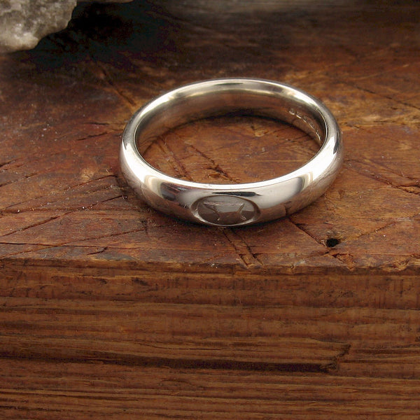 4mm silver Gretna Green wedding ring side