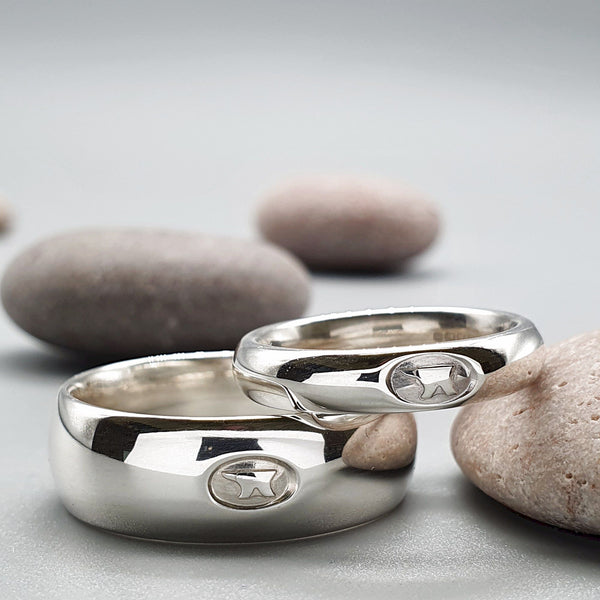 Anvil his and hers wide silver matching Gretna Green ring set, 4mm and 8mm - Gretna Green Wedding Rings