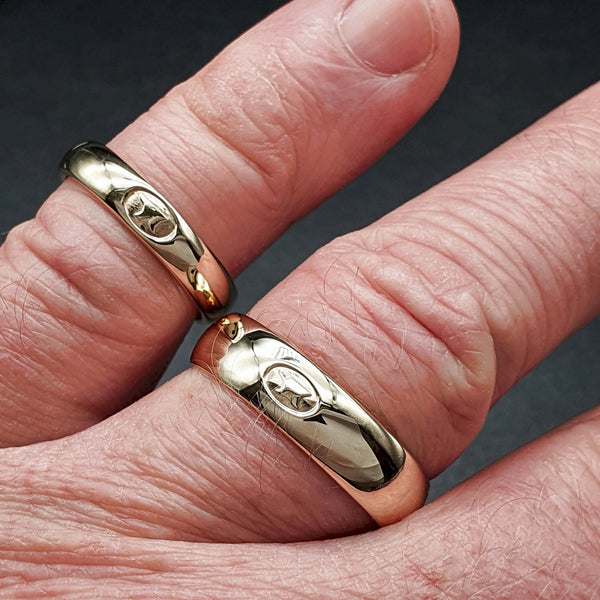 Gretna Green matching gold ring set, 4mm and 6mm - Gretna Green Wedding Rings