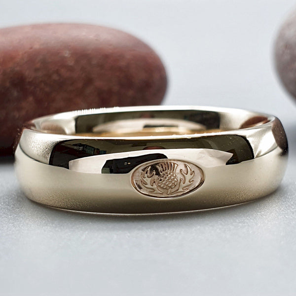 Wedding ring, Scottish yellow gold medium band. - Gretna Green Wedding Rings